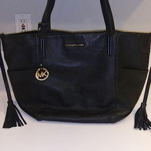 Michael Kors Bags - Need cssh
